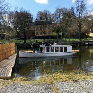 Klubbens ångbåt sjösätts 23 april 2016.
